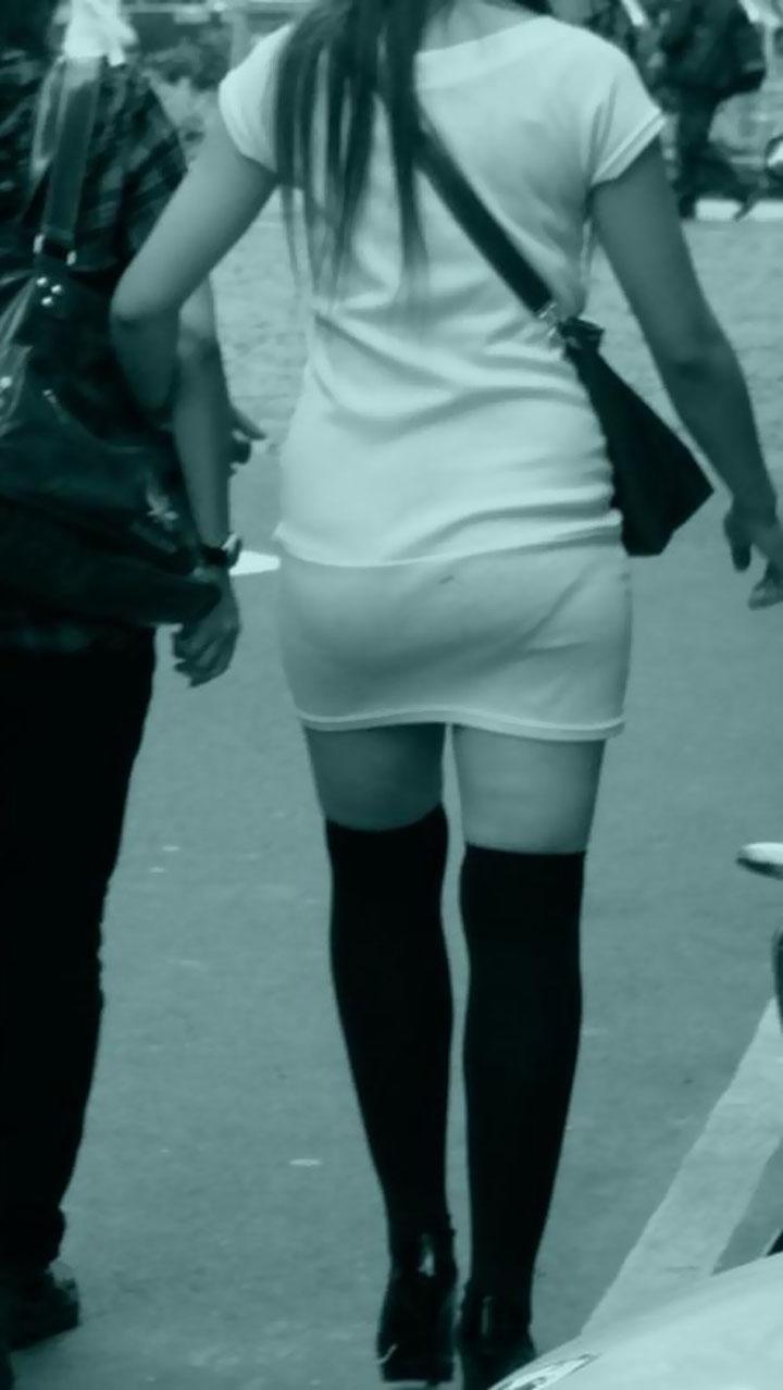 デート中の彼女のパンツを赤外線盗撮!