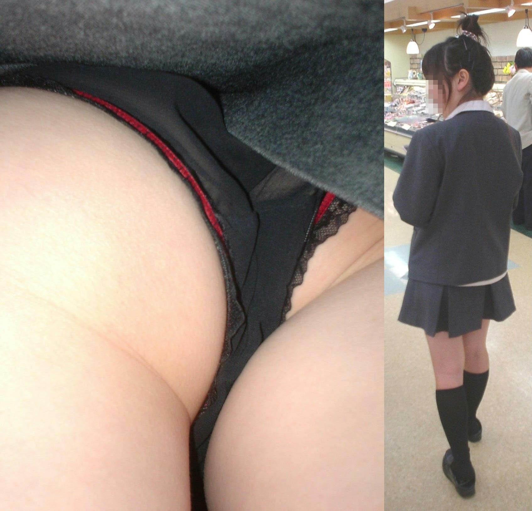 黒パンティー履いた女子校生を逆さ撮り!