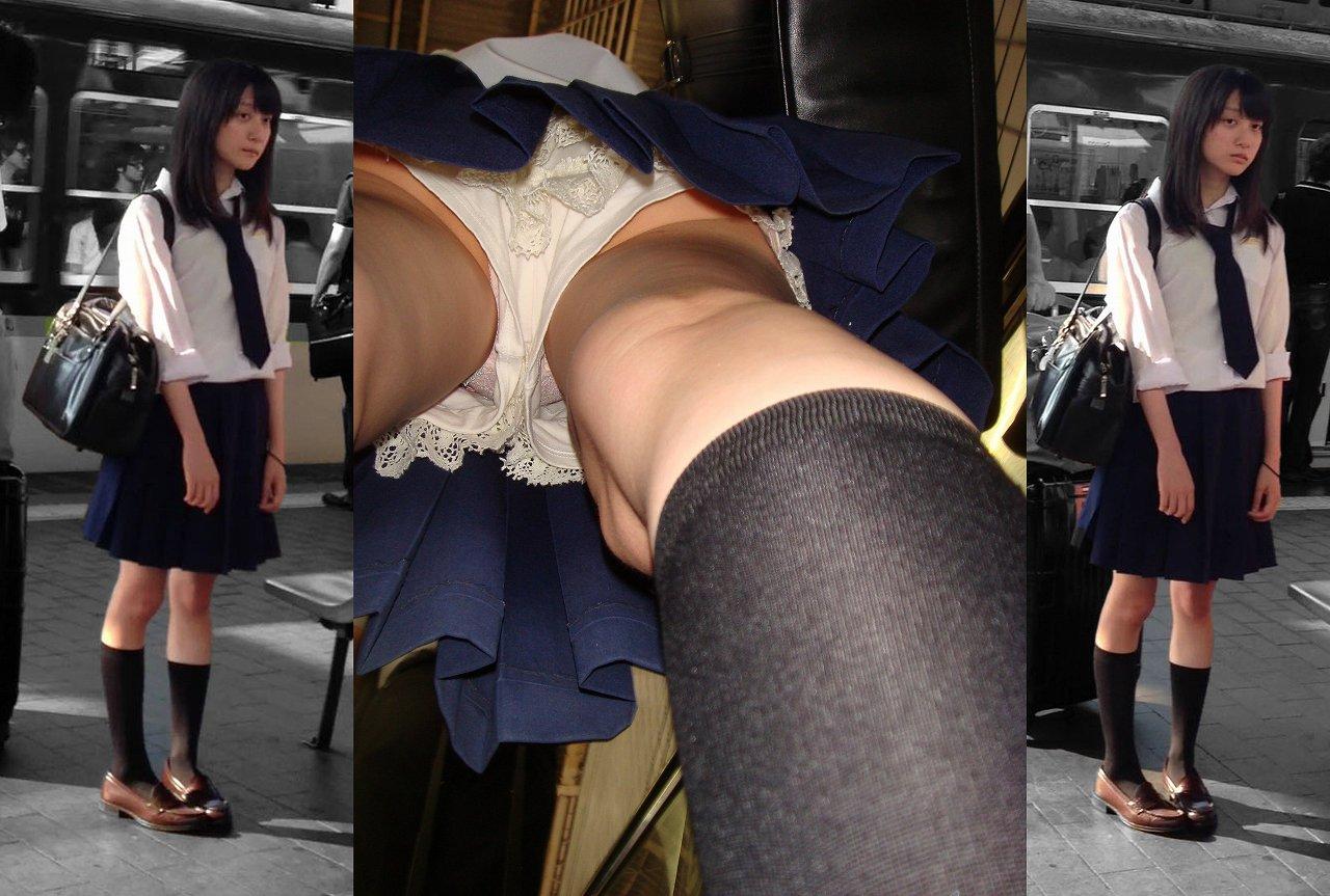 駅ホームで電車待ちのJKのスカート内を逆さ撮り!
