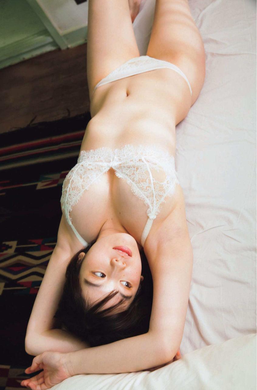 筧美和子_巨乳_モデル_グラビア画像_04