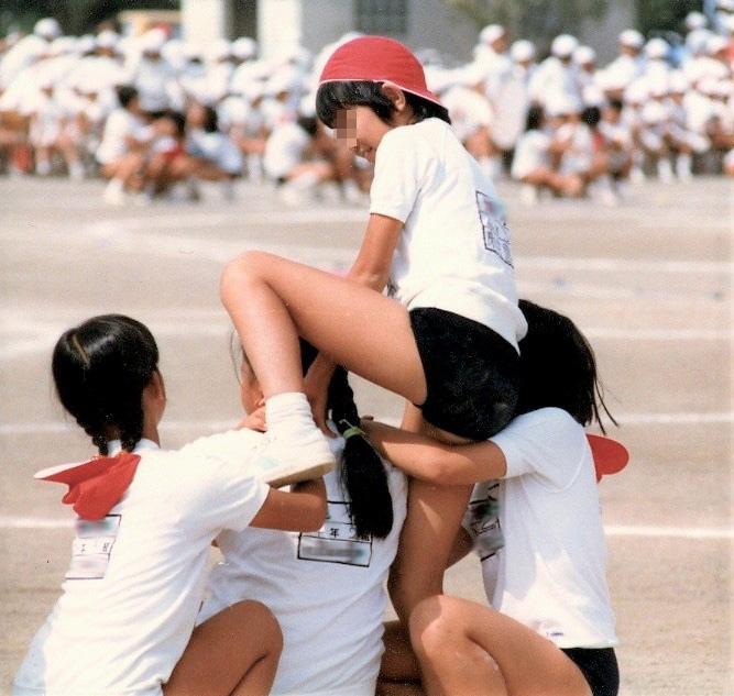 Js運動会盗撮エロ画像学校に侵入してロリ少女たちのブルマ姿を