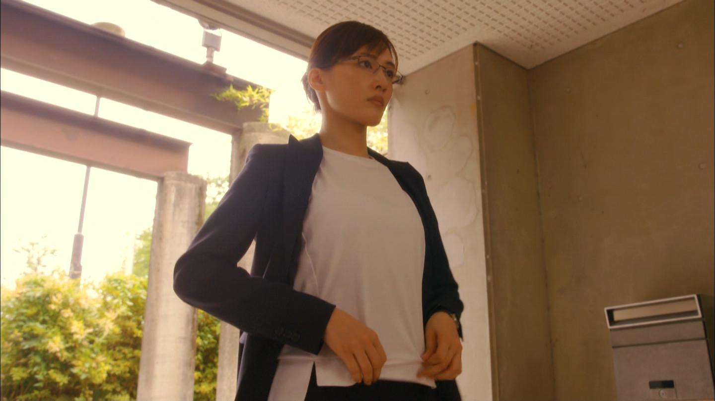 綾瀬はるか_着衣巨乳_腹芸_テレビキャプ画像_13