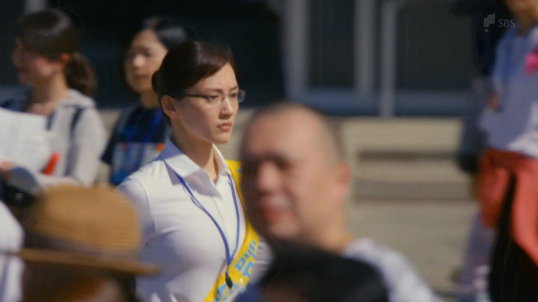 綾瀬はるか_着衣巨乳_ドラマキャプ画像_09