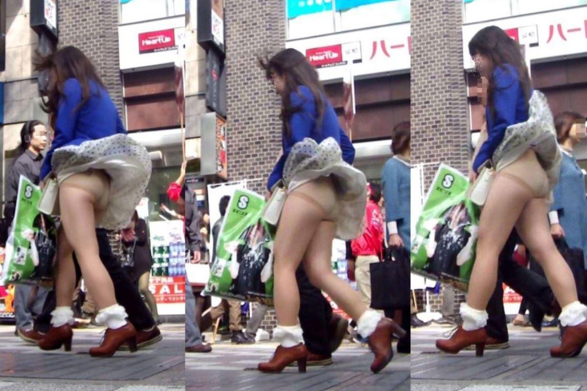 強風でスカートが捲れてパンチラしてる素人街撮り!