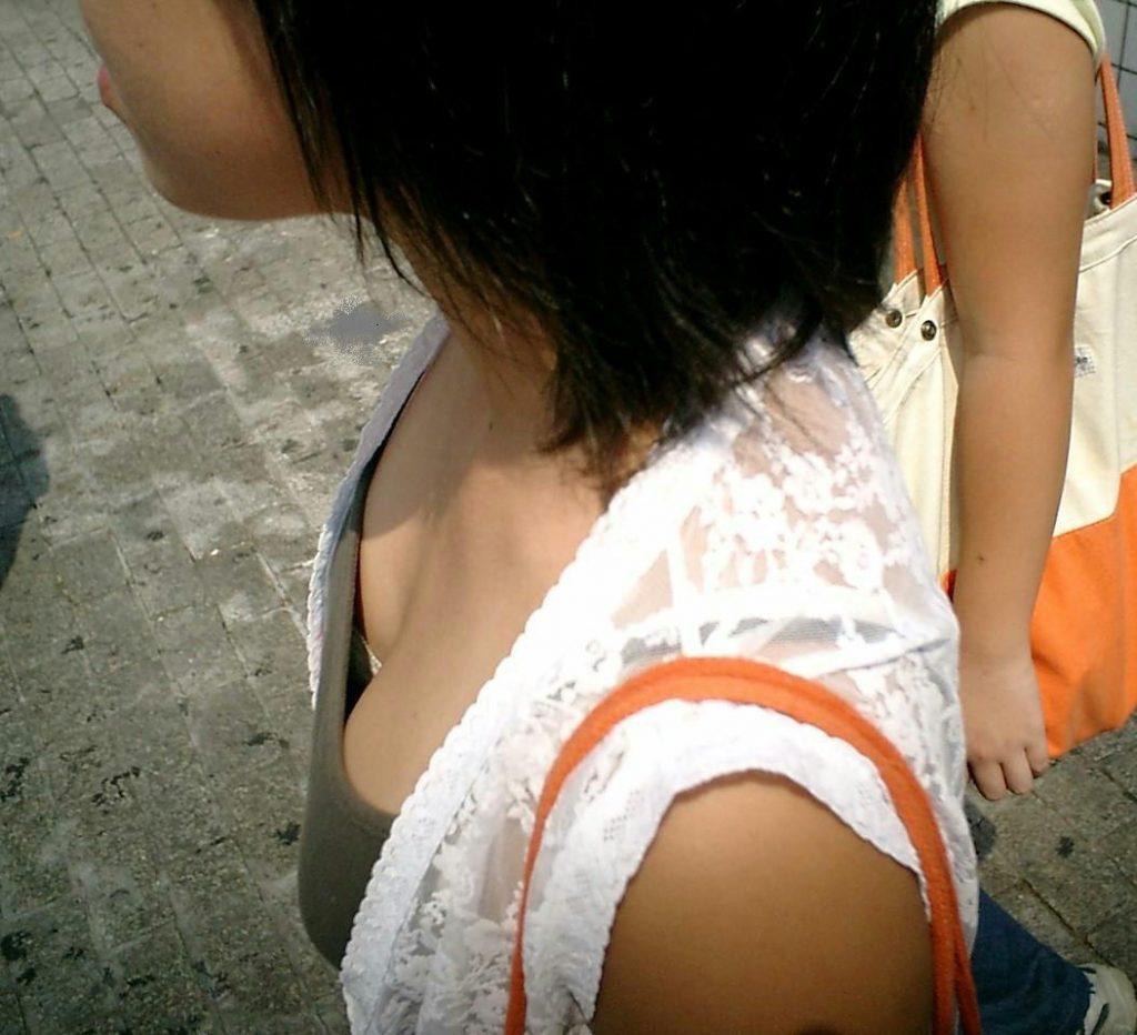 JSの夏休みは危険がいっぱいで街撮り盗撮!