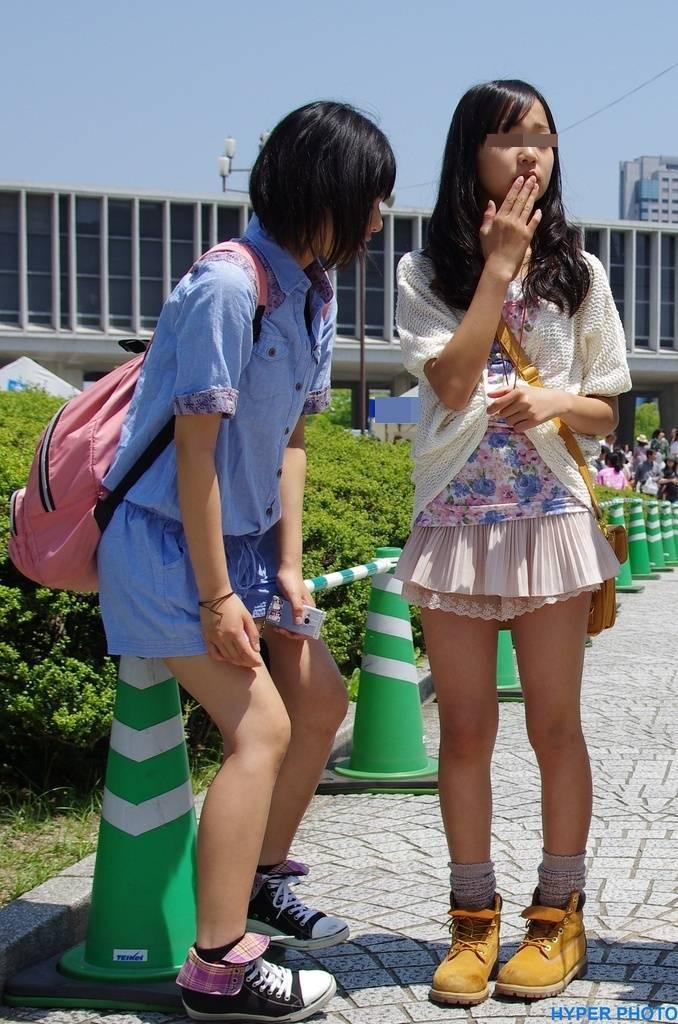 JSの女の子達の細い脚がめっちゃ好き!