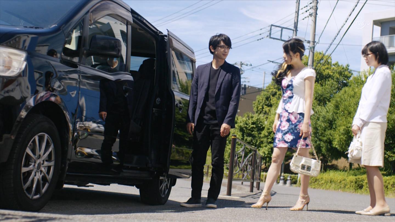 川島海荷_胸チラ_パンチラ_テレビキャプ画像_06
