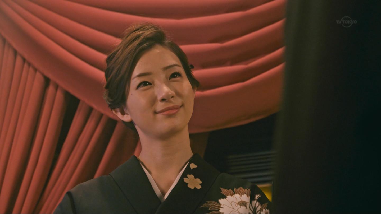 足立梨花_噂の女_お尻_テレビキャプ画像_26