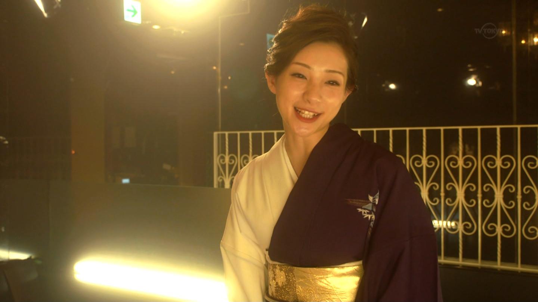 足立梨花_噂の女_お尻_テレビキャプ画像_29