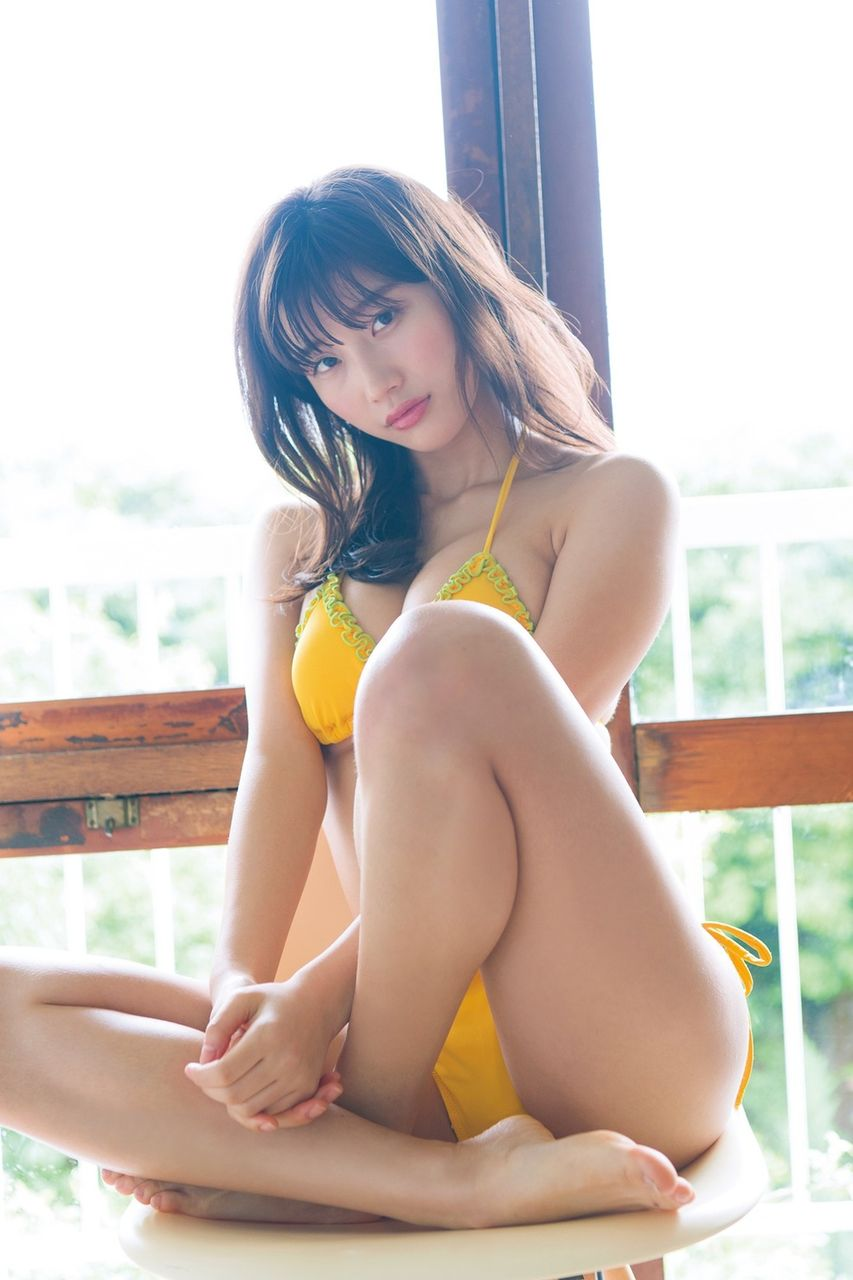 小倉優香_巨乳_ビキニ水着_グラビアエロ画像_06