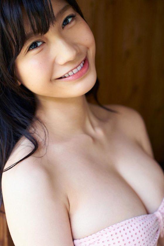 小倉優香_巨乳_ビキニ水着_グラビアエロ画像_17