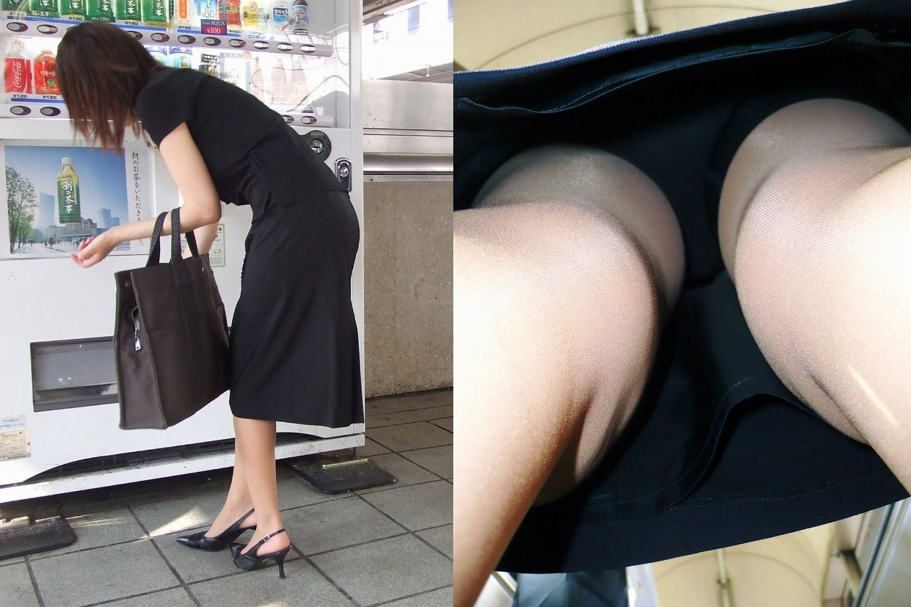 自販機でジュースを購入する人妻のパンツを盗撮!