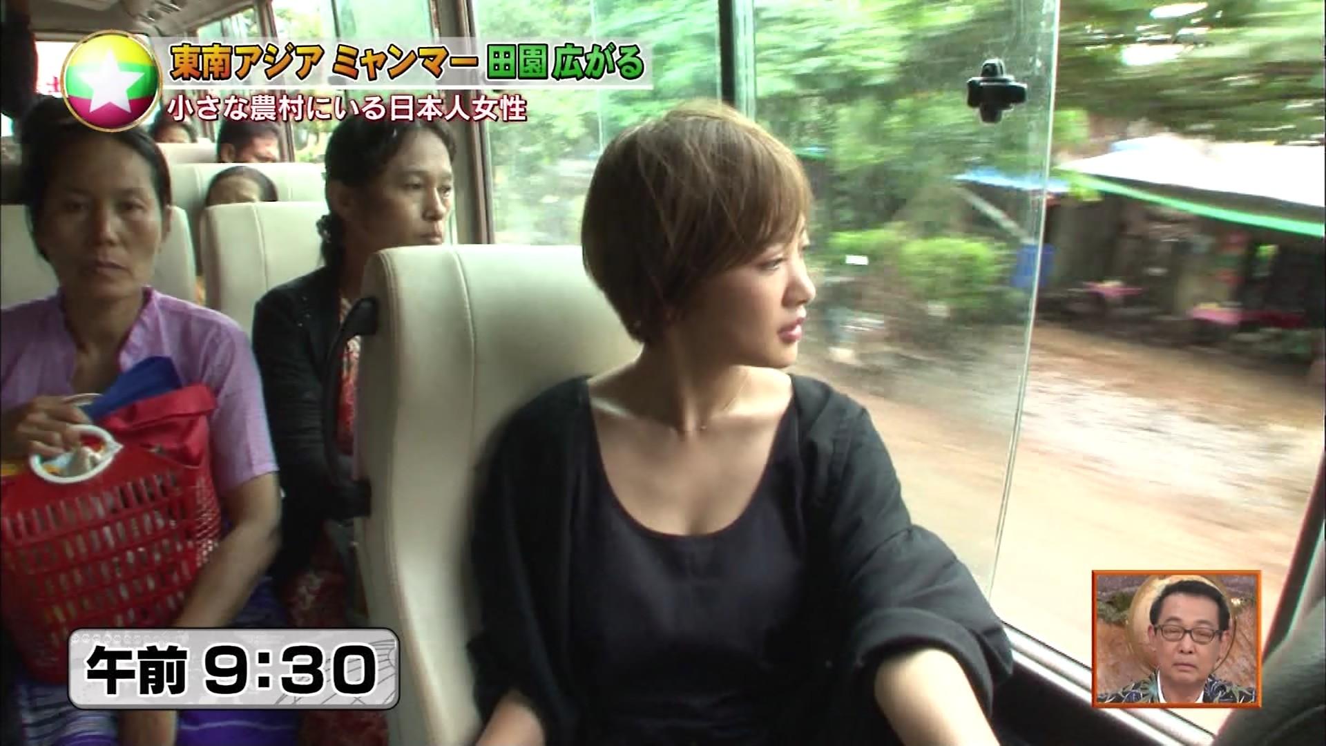 夏菜_着衣巨乳_ノースリーブ_テレビキャプ画像_05