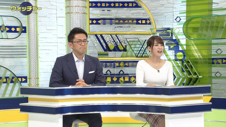 鷲見玲奈_女子アナ_ニットおっぱい_テレビキャプ画像_13