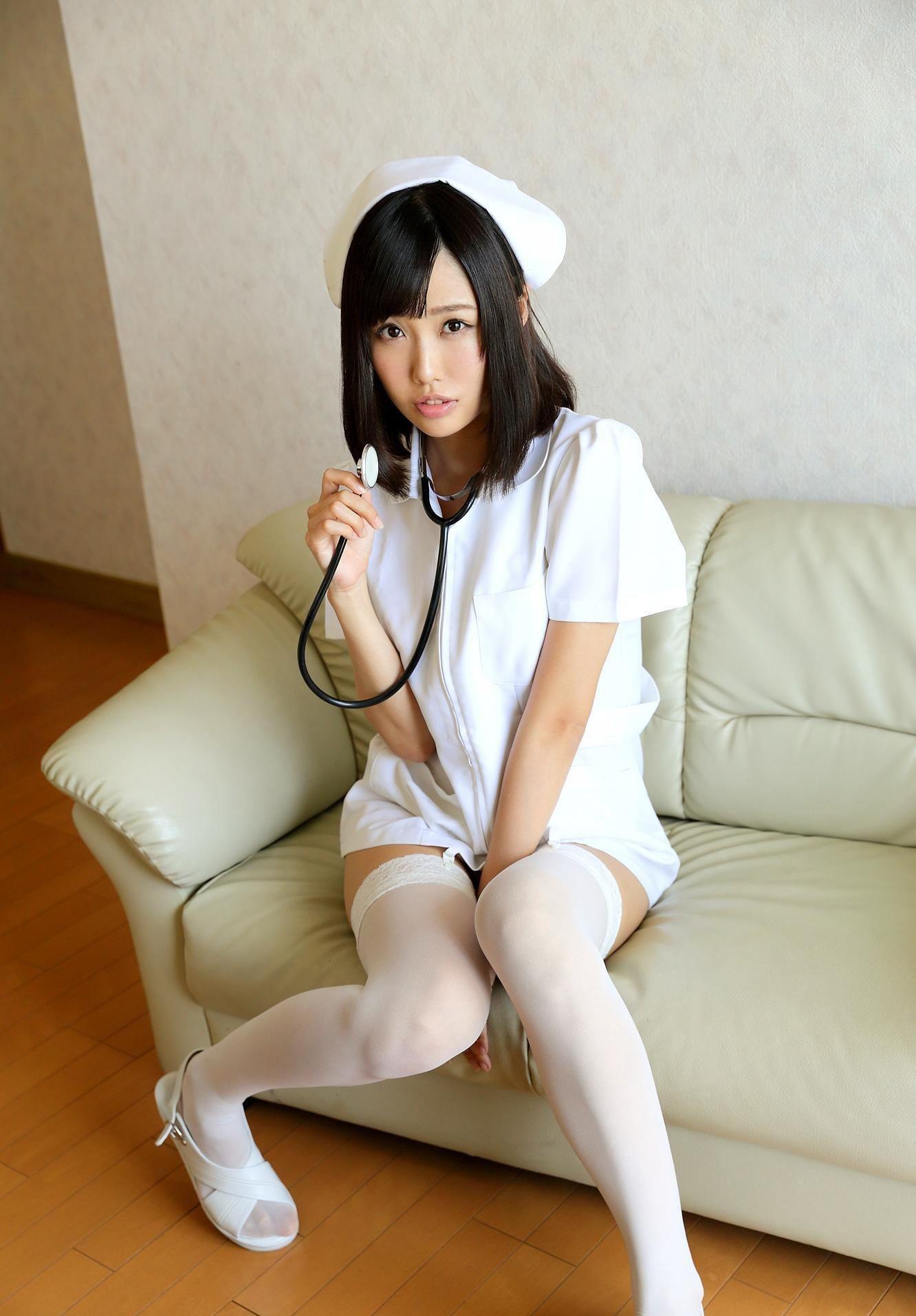 こんな清楚な看護婦さんに治療されたい!