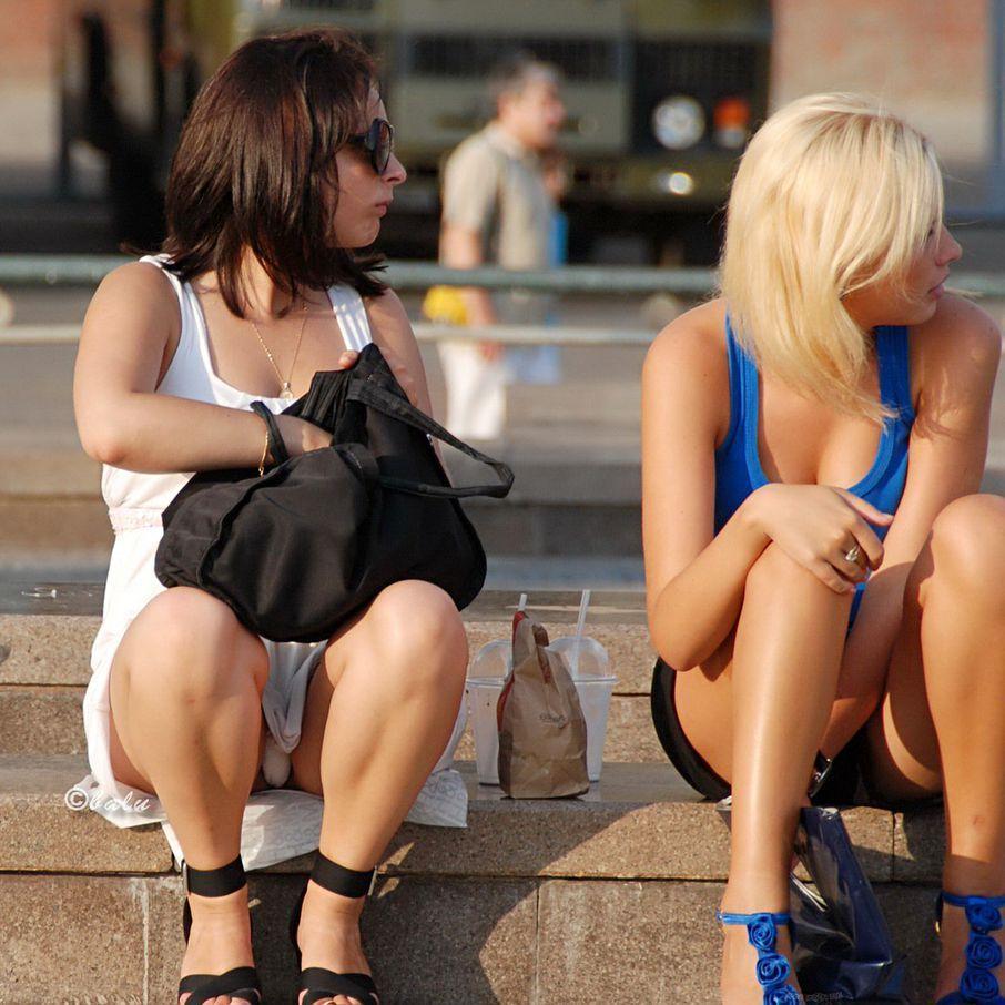 Фото засветы на улицах, зрелые женщины в нижнем белье дома