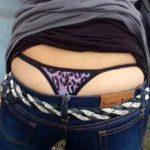 【ローライズ盗撮エロ画像】素人女性のスケベなパンツや半ケツを見てると犯したくなる!