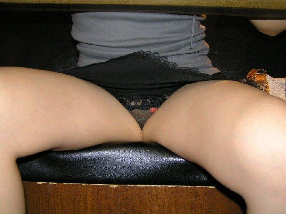 女性の股間がセクシーで堪らん!