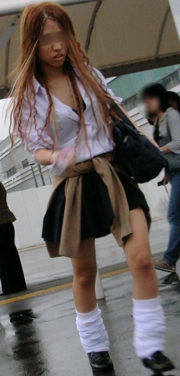 ギャル女子校生のセクシーブラを盗撮!