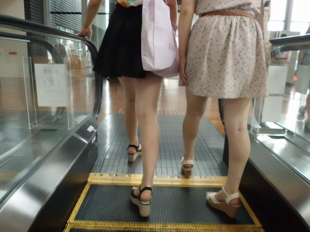 素人女子達の美脚がエロくて見入る!
