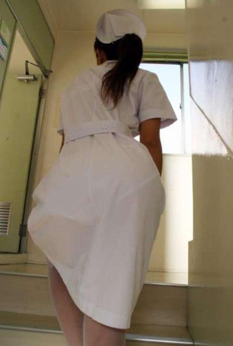 白衣の天使のパンツが見えてガン見する!