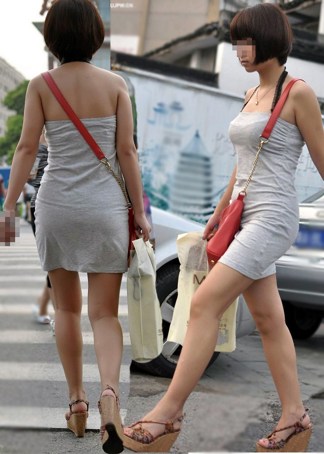 ショートカット女性の美脚と巨乳が堪らない!
