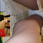 【JC逆さ撮り盗撮エロ画像】私服や制服のロリ少女のパンチラ…履いてるパンツはまだ子供だよ!