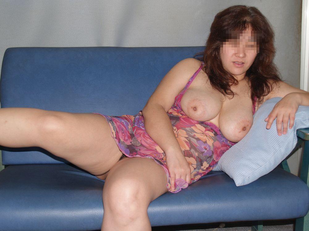 中年おばさんの垂れ巨乳がエロくてイイ!