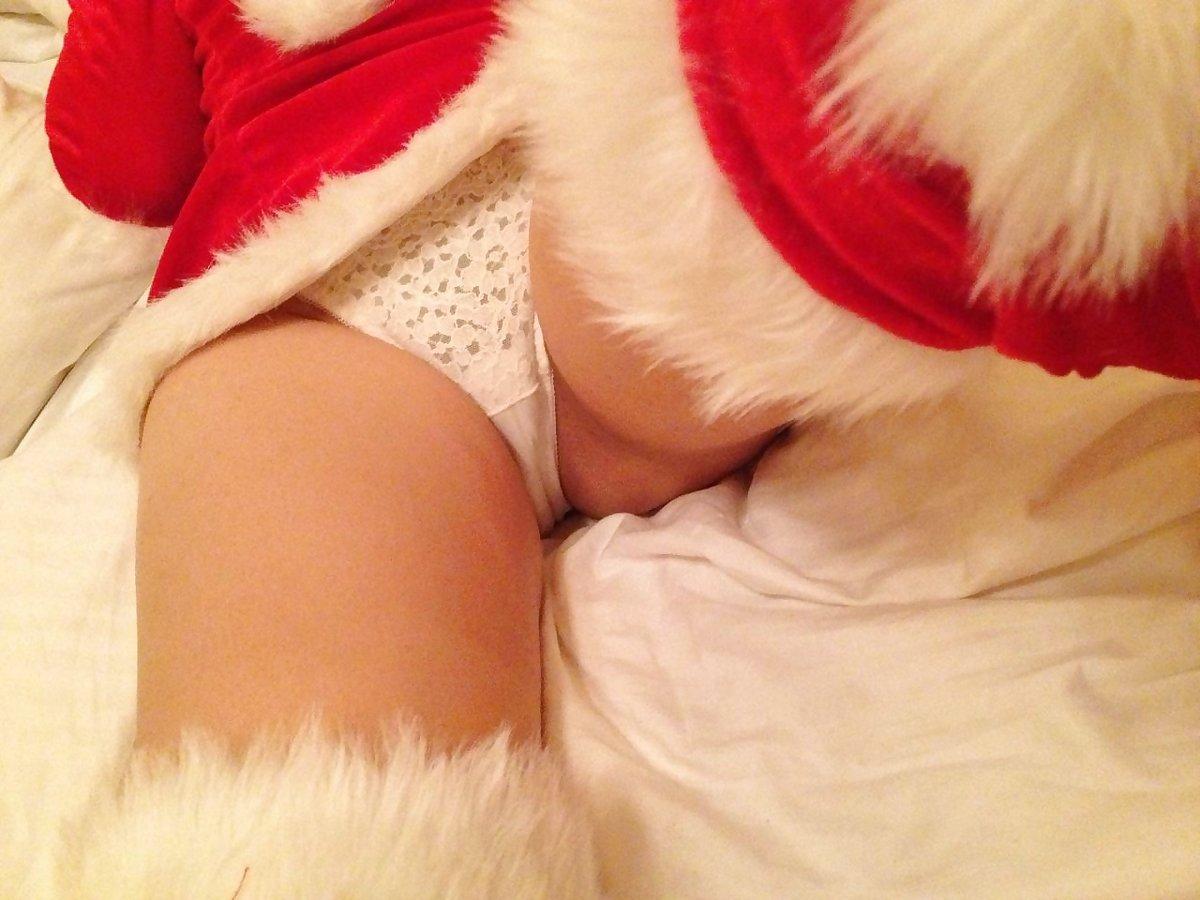 サンタクロースの股間を接写撮り!