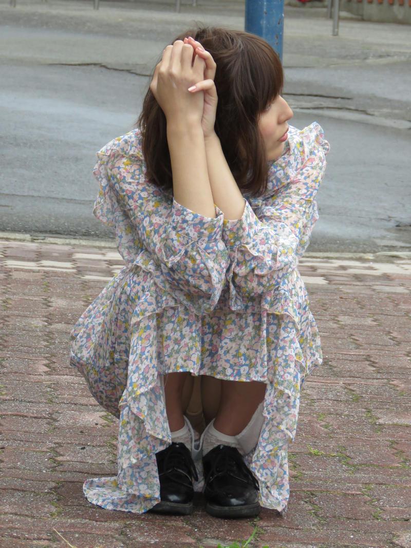 激カワお姉さんのパンツが見れて嬉しすぎ!