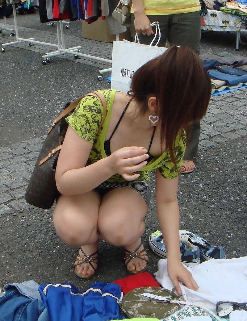 フリマでミニスカ女性のパンツゲット!