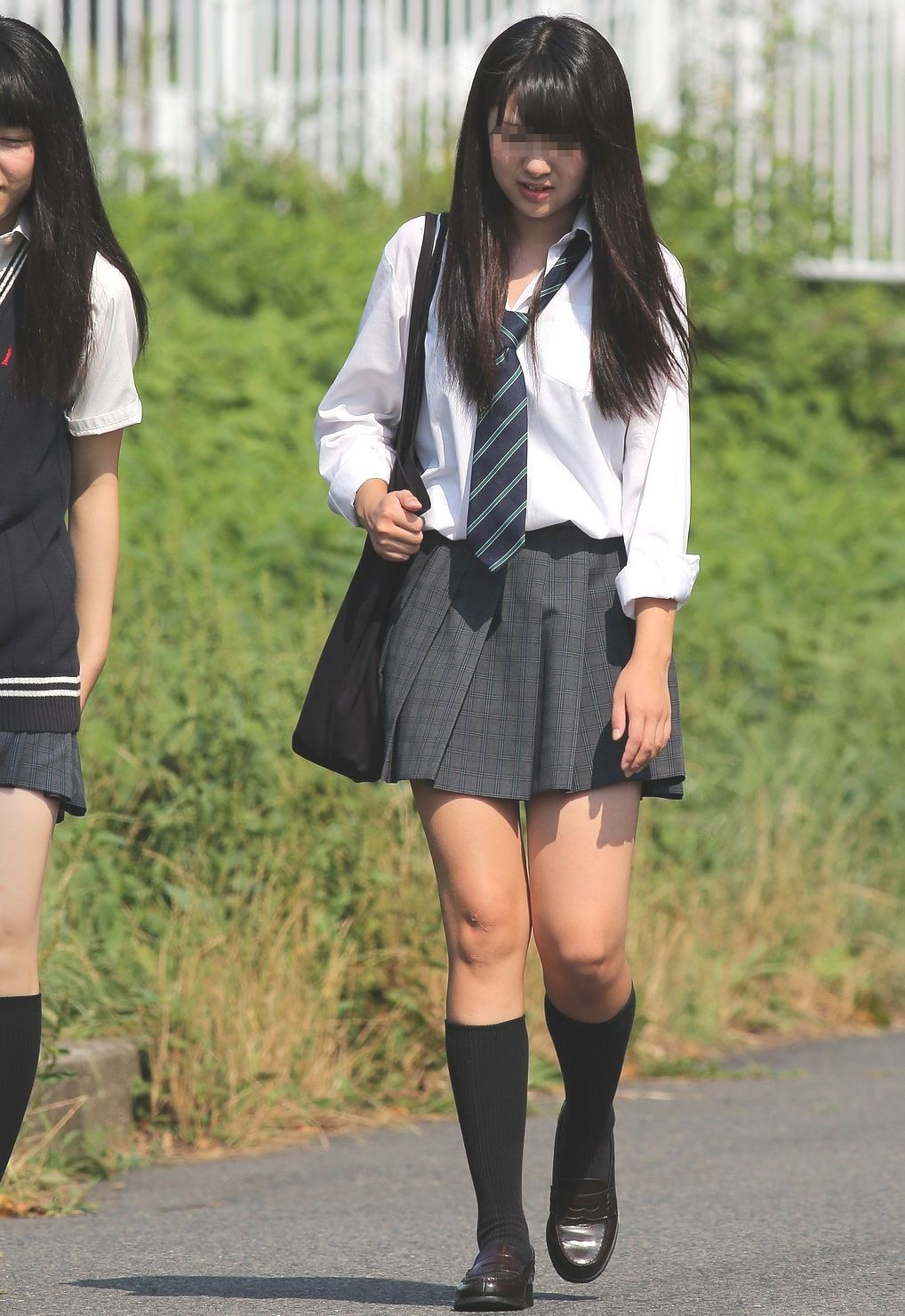 モデルみたいな女子校生の美脚を撮影!