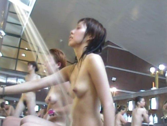 激カワ素人の全裸姿が素晴らしい!