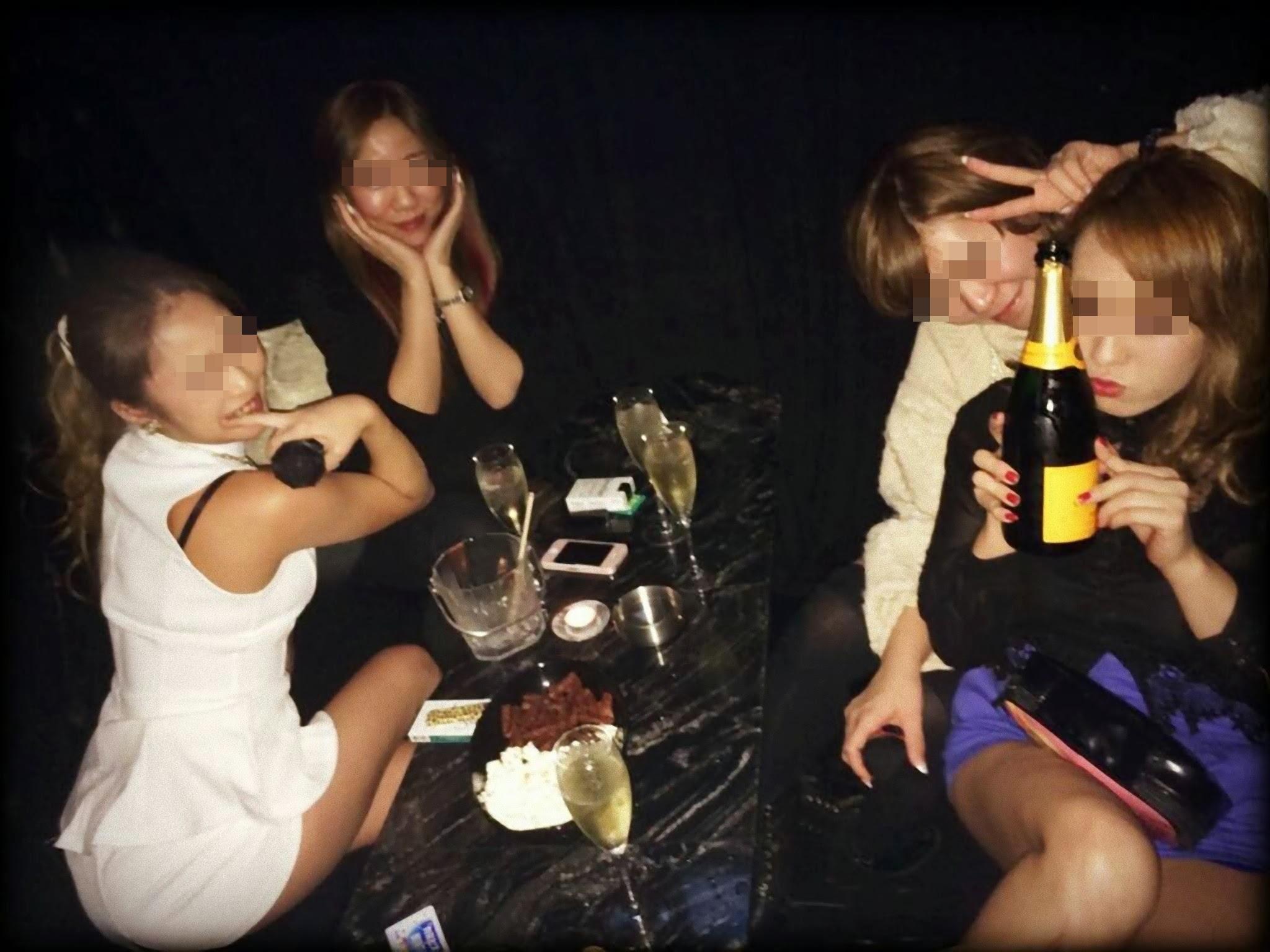 激カワ女性がお酒飲んでテンション上げる!
