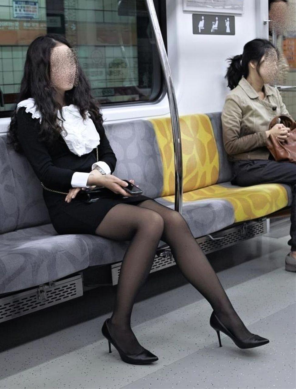 細見体型のお姉さんがセクシー!