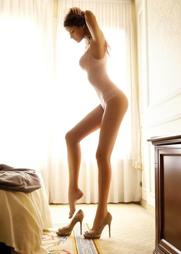 外国人ってホンマに足が長い!